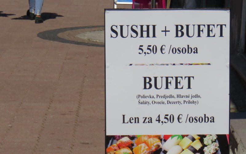 Preisangabe vor einem Restaurant
