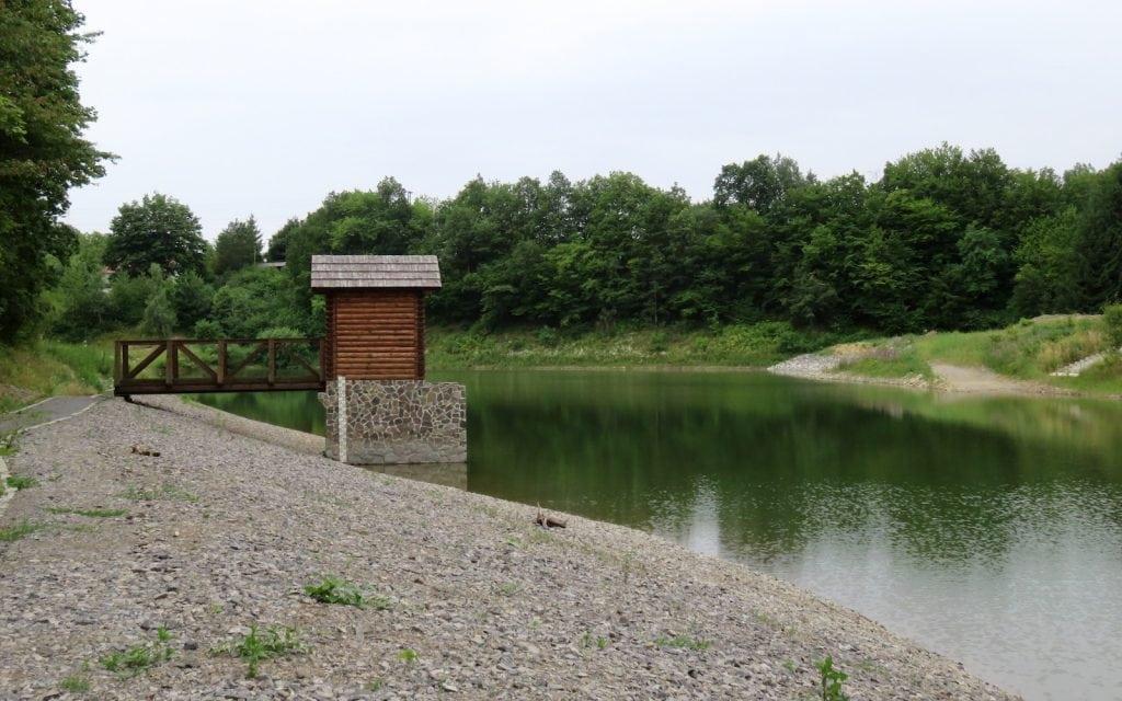 Malá Richnava Teich in Stiavnické Bane