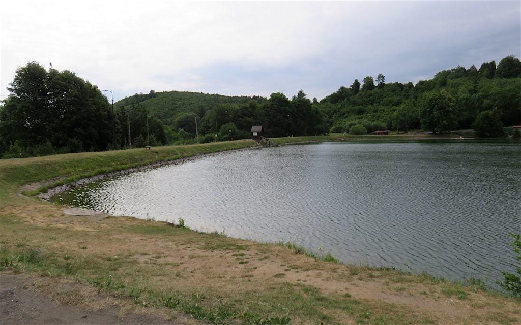 Ansicht des Veľká Vindšachta in Štiavnické Bane